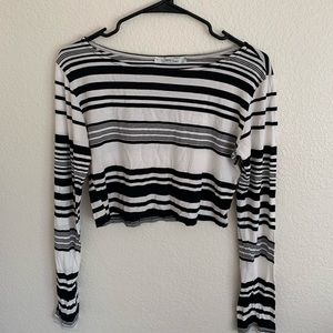 Black and White cropped long tee shirt